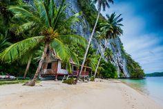 Idyllic El Nido beach in the Philippines. A paradise on Earth! #thephilippines #travel #philippines #wanderlust #palawan #paradise