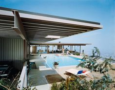 Domiciles. Stahl Residence in LA, Case Study House #22. Architect: Pierre Koenig.