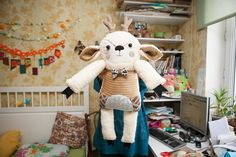 Deer+with+the+hand+embroidered+flowered+face+.+by+wassupbrothers