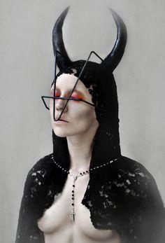 Full series: http://www.darkbeautymag.com/2013/08/miss-lakune-self-portraits/  Photographer/Stylist/Makeup/Model: Miss Lakune