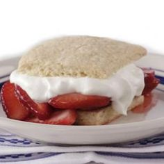 How to make a healthier strawberry shortcake. Also includes links to recipes for roasted pineapple shortcake, chocolate-strawberry shortcake, and rhubarb-peach shortcake. Köstliche Desserts, Healthy Desserts, Delicious Desserts, Dessert Recipes, Yummy Food, Fun Food, Scone Recipes, Party Recipes, Fruit Recipes