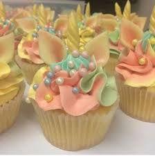 Afbeeldingsresultaat voor cupcakes versieren 1e verjaardag