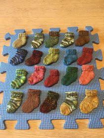 Knitting, Puffer, Baby Cards, Diy, Advent, Inspiration, Zucchini, Diys, Knitting And Crocheting