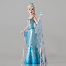 Disney Showcase Couture de Force Frozen's Ice Queen ELSA of Arendelle Figurine