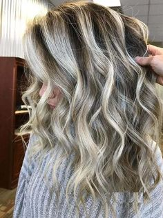 Best High Contrast Blonde Hair Highlights to Follow in 2021 Cool Blonde Hair, Blonde Hair With Highlights, Cool Hair Color, Elegant Hairstyles, Cool Hairstyles, High Contrast, Hair Designs, Hair Looks, Color Trends