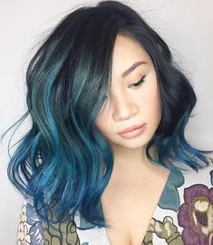 40 Fairy-Like Blue Ombre Hairstyles black and blue wavy hairstyle Best Ombre Hair, Brown Ombre Hair, Blue Ombre, Blue Lob, Ombre Hair Color, Cool Hair Color, Medium Hair Styles, Short Hair Styles, Ombre Look