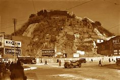 Valparaíso Chile 🇨🇱 Plaza Aníbal Pinto, c. Mount Rushmore, Mountains, Nature, Travel, Old Pictures, Fotografia, Past, Naturaleza, Viajes