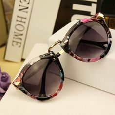 f1a5926c3a6f9 Very Cool Sunglasses