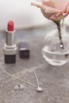 Our radiant Aura jewellery @rockmywedding #ADiamondisForever
