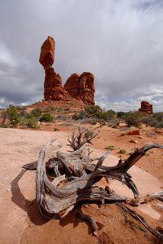 Arches National Park: Balanced Rock