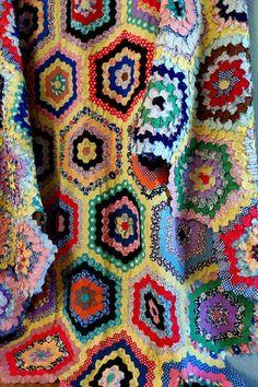 Vintage Handmade GRANDMOTHERS FLOWER GARDEN Quilt Top TINY Hexigons  on ebay