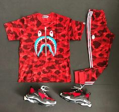 How To Wear Red Sneakers Men Menswear Dope Outfits For Guys, Swag Outfits Men, Stylish Mens Outfits, Red Sneakers, Casual Sneakers, Sneakers Fashion, Bape Outfits, Hype Clothing, Urban Outfits