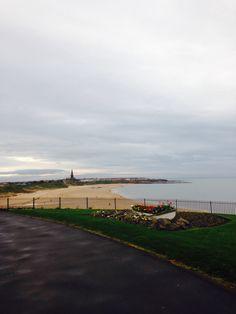 Tynemouth long sands beach 8.00 am Saturday 11th April 2014 www.tynemouthwebcam.com