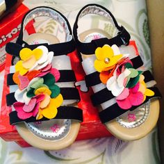 Girl's Black Flower Strappy Sandal  Size Toddler 4 - NWB! Cute! #Sandals
