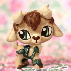 Moss the Faun (OC) LPS custom by pia-chu on DeviantArt Little Pet Shop, Little Pets, Lps For Sale, Custom Lps, Lps Accessories, Lps Toys, Lps Littlest Pet Shop, Arte Sketchbook, Doll Repaint