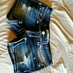 BKE Shorts (will trade) In great shape only wore them 1 time BKE Shorts Jean Shorts