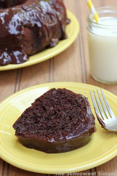 Easy Chocolate Sour Cream Bundt Cake Recipe