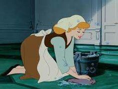 Pulizie domestiche! Lavo, stiro, cucino...insomma rassetto casa per tenerla senpre in ordine. Sono un po una maniaca della pulizia!