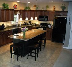 Supreme Kitchen Remodeling Choosing Your New Kitchen Countertops Ideas. Mind Blowing Kitchen Remodeling Choosing Your New Kitchen Countertops Ideas. Primitive Kitchen, Rustic Kitchen, New Kitchen, Kitchen Decor, Decorating Kitchen, Awesome Kitchen, Kitchen Furniture, Kitchen Ideas, Square Kitchen