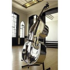 Can't tell if it's a Bass or Cello (because I can't see the strings well enough -one has the other has but it's silver/chrome -shiny- and this, Suzy loves it! Sound Of Music, Music Is Life, My Music, Cello Music, Jazz Music, Mundo Musical, Double Bass, Classical Music, Music Lovers