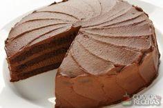 Receita de Bolo de chocolate com recheio cremoso - Comida e Receitas