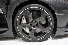 Mansory Lamborghini Aventador in completely exposed carbon fiber