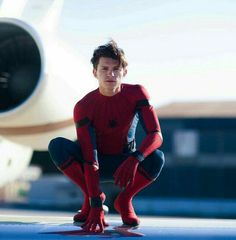 Tom Holland is Spiderman Marvel Actors, Marvel Dc, Spiderman Marvel, Spider Men, Iron Man, Avengers, Tom Holand, Teen Wolf Memes, Tom Holland Peter Parker