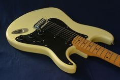 BILL LAWRENCE STRAT MADE IN JAPAN MID 80S -