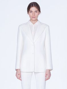 Long jacket in cashmere double face, featuring a lapel collar and snap closure. The jacket is detailed with seamed pockets. Complete this elegant suit with the matching pant! Silk Crepe, Silk Satin, Long Jackets, Slim Legs, Knit Cardigan, Business Women, Cashmere, Stylists, Closure