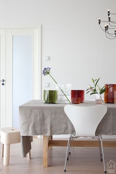 Ruutu vases by Iittala, designed by Erwan & Ronan Bouroullec. Photo from the blog Valkoinen Harmaja.