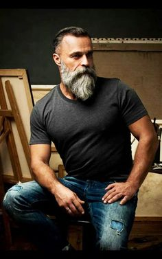 60 Grey Beard Stiler for menn - Distinguished Facial Hair Ideas . Beards And Mustaches, Grey Beards, Moustaches, Long Beards, Beard Styles For Men, Hair And Beard Styles, Beards And Hair, Hair Styles, Sexy Bart