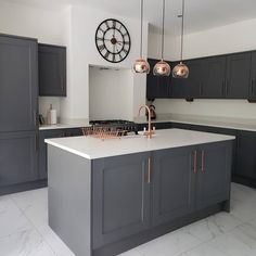 Fairford Graphite Kitchen Pair grey kitchen cabinets with copper accessories to bring warmth into any space. Fairford Graphite Kitchen Pair grey kitchen cabinets with copper accessories to bring warmth into any space. Grey Kitchen Designs, Kitchen Room Design, Modern Kitchen Design, Interior Design Kitchen, Space Kitchen, Copper Kitchen Accessories, Copper Kitchen Decor, Home Decor Kitchen, Kitchen Hacks