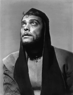 1948 - Orson Welles' adaptation of William Shakespeare's tragedy Macbeth starring Orson Welles. S)