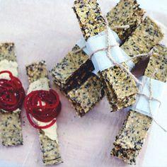 HOW TO : gluten-free crisp bread | + cookbook giveaway | jenny mustard