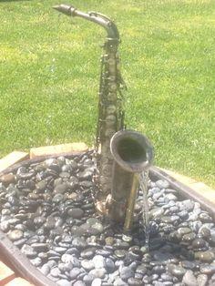 Custom Made Traditional Sax Fountain Unique Gardens, Amazing Gardens, Beautiful Gardens, Garden Water Fountains, Water Garden, Making Musical Instruments, Band Rooms, Diy Water Feature, Sensory Garden