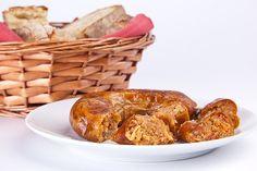Alheira assada Bísaro com pão de Gimonde