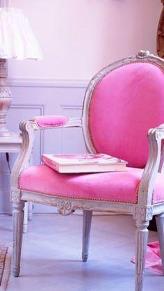 Love this pink velvet chair