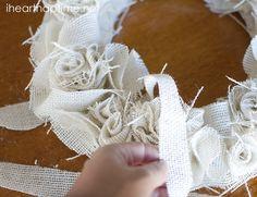 DIY Burlap Wreath Tutorial I Heart Nap Time | I Heart Nap Time - Easy recipes, DIY crafts, Homemaking
