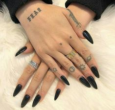 Amazing Tips For The Best Summer Nails – NaiLovely Hand Tattoos, Finger Tattoos, Body Art Tattoos, Small Tattoos, Tatoos, Nail Tattoo, Piercing Tattoo, Piercings, Cute Nails