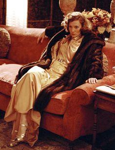 Katharine Hepburn - Cate Blanchett - The Aviator 2004 Katharine Hepburn, Cate Blanchett, Martin Scorsese, Aviator Movie, The Aviator, Sandy Powell, Movie Costumes, Director, Best Actress