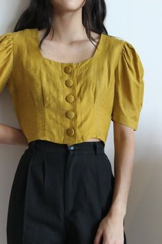 Hannah Kristina Metz Eyre Blouse - Mustard on Garmentory Simple Outfits, Cool Outfits, Casual Outfits, Fashion Outfits, Worth Clothing, Clothing Hacks, Blouse Patterns, Blouse Designs, Coat Patterns