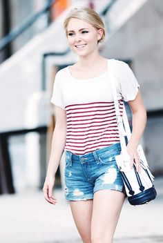 AnnaSophia Robb's simple day out wear; striped tee + denim shorts.