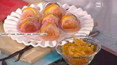"""La ricetta delle pesche di Prato di Sal De Riso, il """"Re delle torte"""" della Prova del cuoco. Ingredienti e procedimento."""