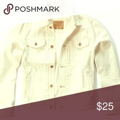 Gap Jacket -Like New - Very Trendy Gap Jacket Like New- Looks great with Jeans. 97% Cotton 3% Lycra GAP Jackets & Coats