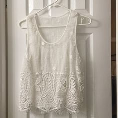 Short sleeve lace top Shoulder length lace top that comes with undershirt Jessica Simpson Tops Blouses