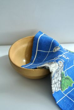 Mid Century Linen Tea Towel by LongTallSallys on Etsy, $12.00