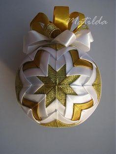 Matilda / Patchworková guľa - bielo zlatá