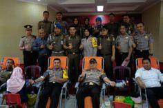 Polresta Pekanbaru Gelar Donor Darah Gratis Dalam Kegiatan HUT Bhayangkara ke 71