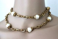 Vintage Couture Glass Pearl Ornate Gold Plated Chain Link Necklace