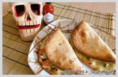 COCINA PARA TIQUISMIQUIS: QUESADILLAS DE TERNERA Quesadillas, Relleno, Tacos, Mexican, Ethnic Recipes, Food, Flour Tortillas, Beef, Ethnic Food